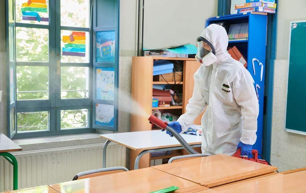 coronavirus centros escolares